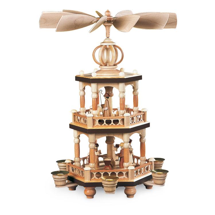 pyramiden aus dem erzgebirgsladen im levantehaus. Black Bedroom Furniture Sets. Home Design Ideas
